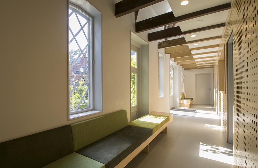 1409 Dorpsstraat Zoeterwoude / Verbouwing woonhuis en praktijk